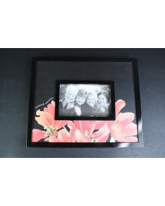 Black With Red Flowers Treasured Memories 6 x 4 In Easel Frame Marjolein Bastin