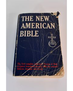 Vintage 1970 Kenedy & Sons The New American Bible Paperback Book W/Glossary