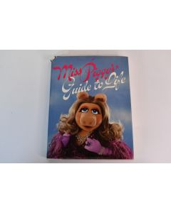 Vintage Collectible Miss Piggy's Guide To Life Hardbound Book Copyright 1981